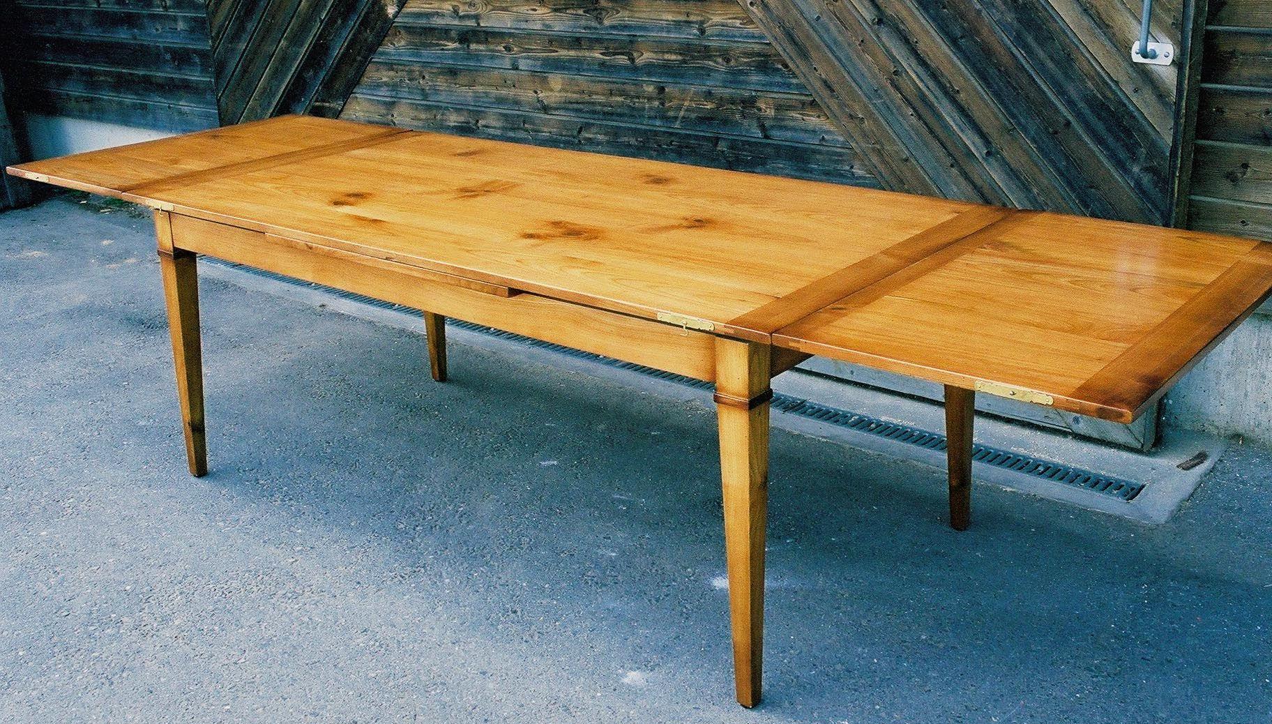 sedarca fabricant suisse de chaises et tables tablis d. Black Bedroom Furniture Sets. Home Design Ideas